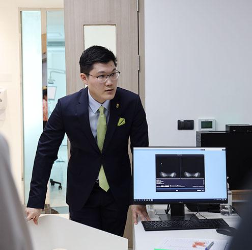 bangkok implantologist